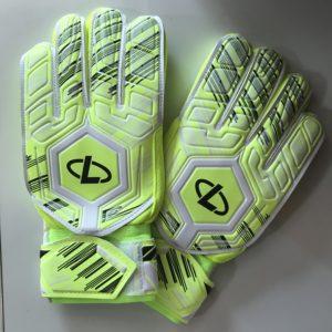 FOOTBALL Перчатки вратарские  001: салатовый - 7
